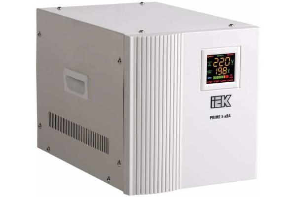 Стабилизатор напряжения Prime 5кВА переносной ИЭК IVS31-1-05000