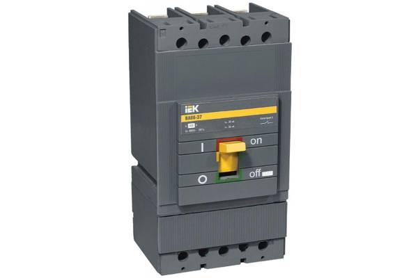 Выключатель автоматический 3п 250А 35кА ВА 88-37 ИЭК SVA40-3-0250